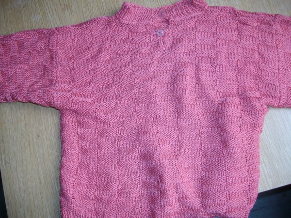 Pull fille ( 3 ANS ) : 1euro