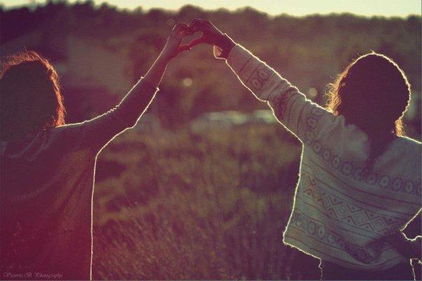 Tu m'est devenue indispensable,ma routine,mon oxygène.Ma moitié.†