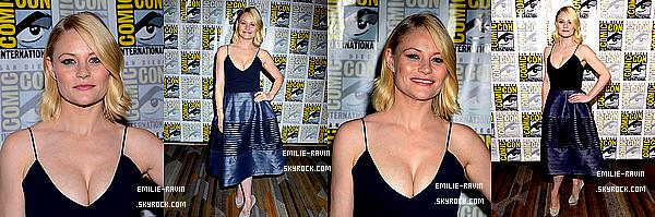 """23/07/2016.Emilie s'est rendue ce weekend à San Diego pour participer au Comic Con. Elle a participé au panel de """"Once Upon a Time"""". Lors de cette journée, Emilie a enchaînéelapresseet les photoshoots."""