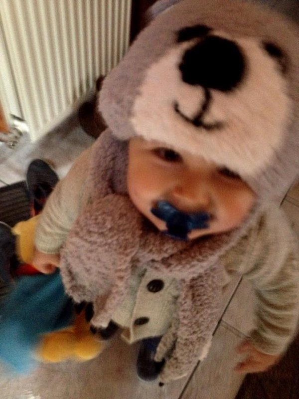 louis et son bonnet ours
