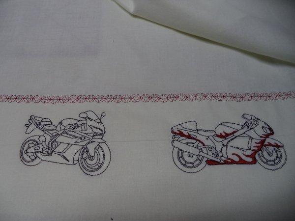 draps de lit  pour le lit parc  moto pour leonard