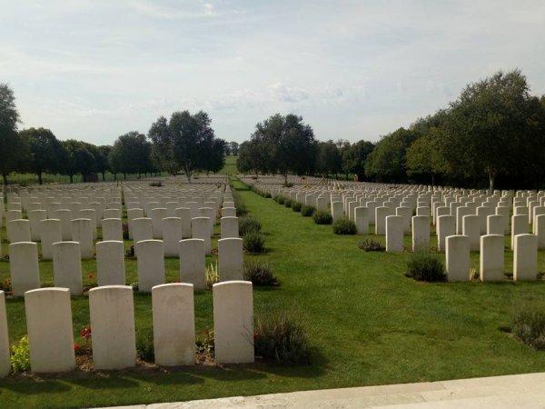 cimetière militaire britannique hooge crater