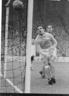 L'histoire des grands Gardiens de buts Algériens : Abderrahmane IBRIR