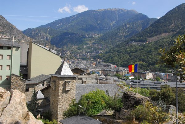 BLOG EN PAUSE DU 29 AU 31 OCTOBRE INCLUS - CI-DESSOUS PHOTO D'ANDORRE