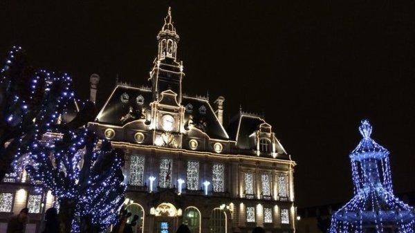 CI-DESSOUS PHOTO DE NOTRE HOTEL DE VILLE