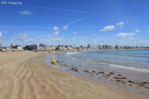 Ci-dessous quelques photos de St Jean de Monts dont j'apprécie infiniment la plage