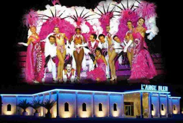 Ci-dessous photo du Cabaret l'Ange Bleu dont nous gardons un excellent souvenir pour son magnifique spectacle