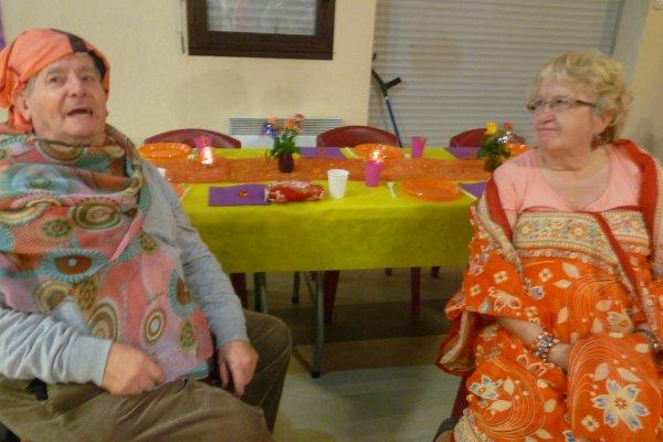 ci-dessous quelques photos de notre soirée d'anniversaire d'une nièce sous le thème Bolywood