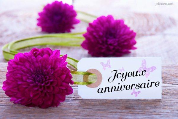 Cadeau pour mon amie Nantaise à laquelle je souhaite un Joyeux annversaire et plein de bonheur et santé et lui envoie plein de bisous.