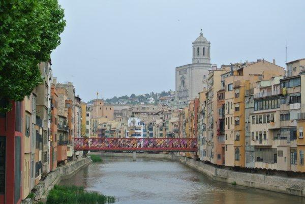 Ci-dessous photos de la très jolie ville médiévale de GERONE