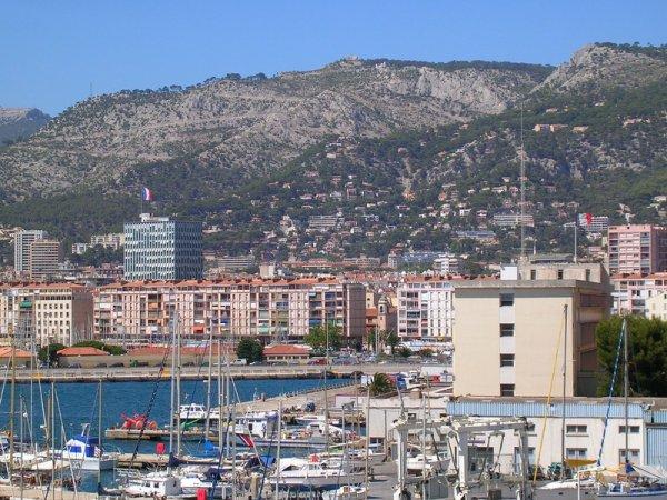 Bonjour à vous toutes les amies me voici de retour de mon escapade à Toulon