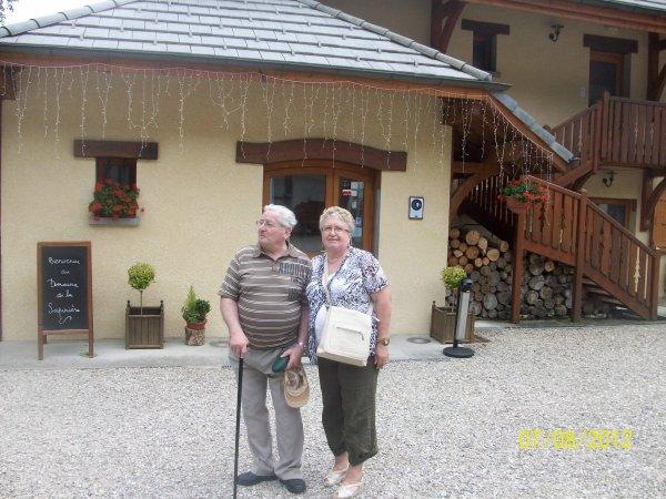 ci-dessous une photo souvenir lors d'un séjour en Savoie il y a quelques années