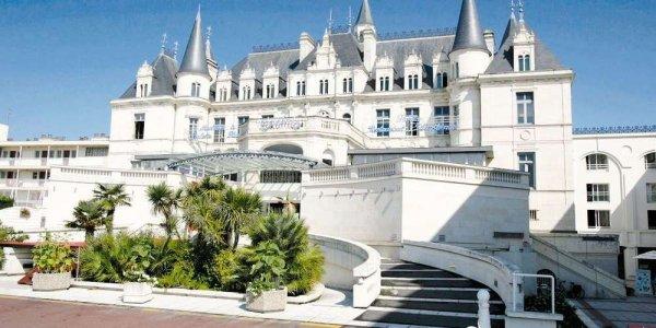 ci-dessous photos du magnifique Casino d'Arcachon