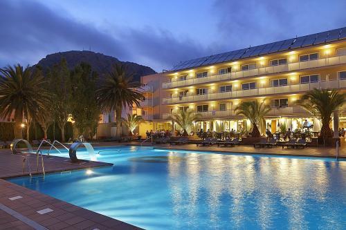 photo de la piscine extérieure de l'hôtel PANORAMA sis à l'Estartit