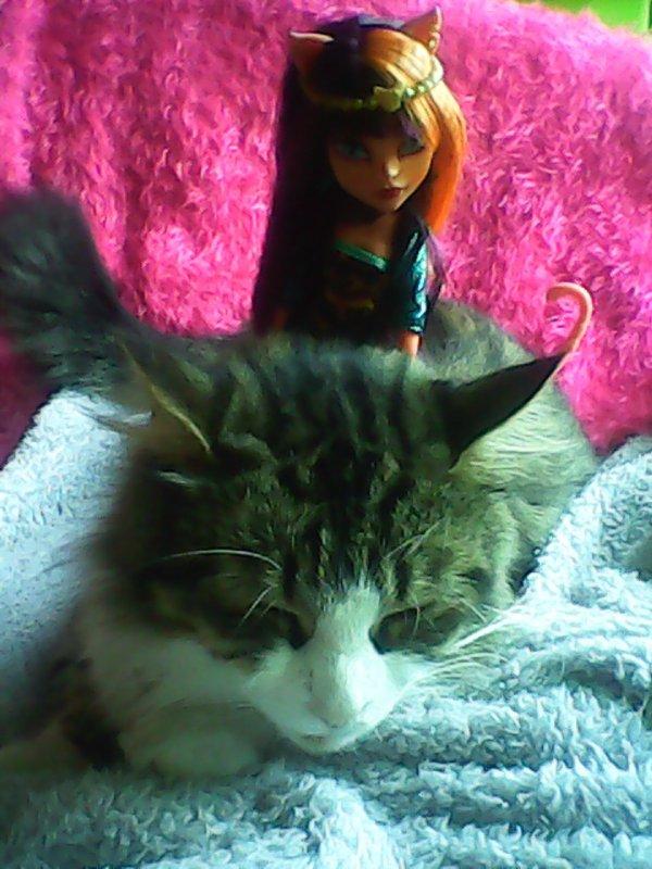 Cleolei avec ma minette Chipie ;)
