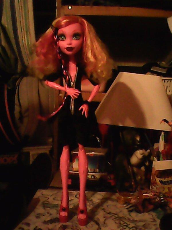 pitite seance photos de Gooliope avec son new vêtement cree aujourd'hui par moi