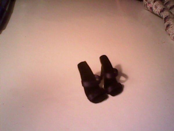 voici des chaussure mh faites maison!