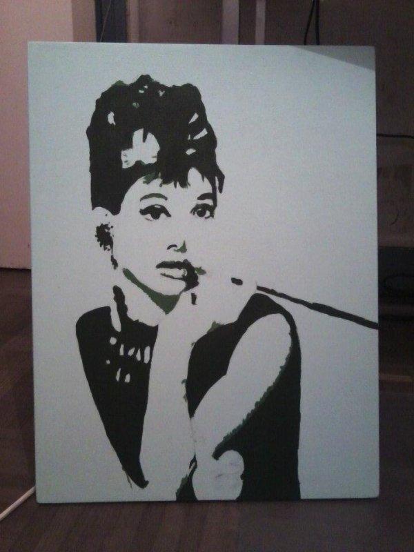Audrey Hepburn sur toile en bois ! PS : JE LE VEND !