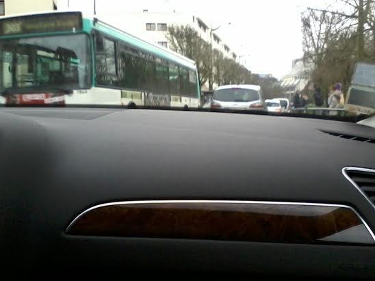 Bus 303 pour Gustave ..... en service partiel