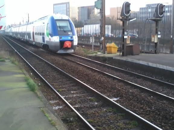 La 579N de l'AGC Bombardier mission PIBU pour Paris-Est
