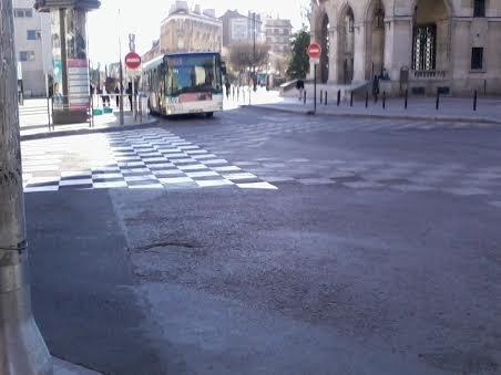 La 9166 du 121 à Mairie de Montreuil
