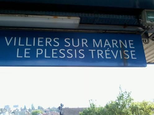 Le panneau de la gare de VSM RER