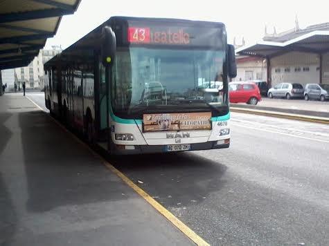 La 4768 du 43 à la gare routière de Paris-Nord qui va bientôt partir pour Neuilly-Bagatelle