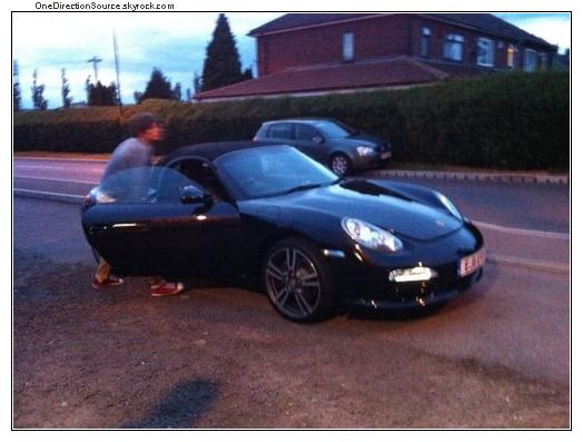 _ Louis got a new car !_