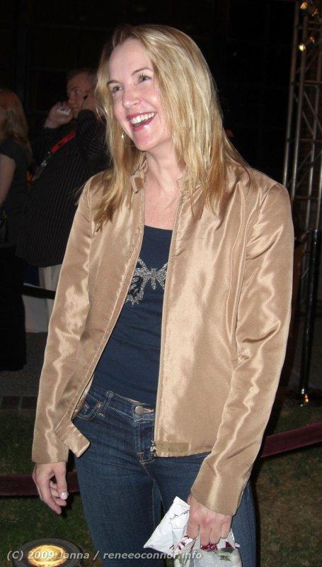 Renée O'Connore 05