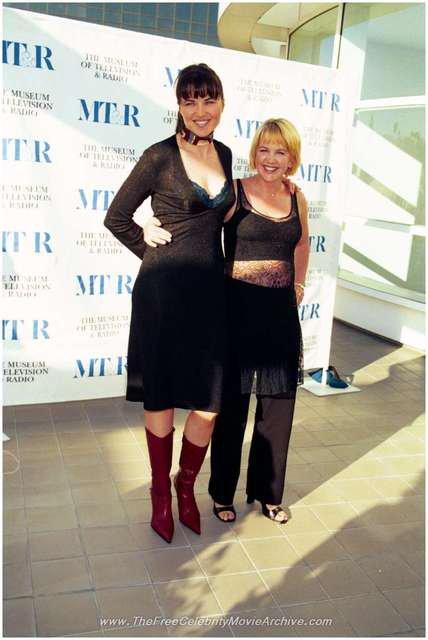 Lucy & Renée 09