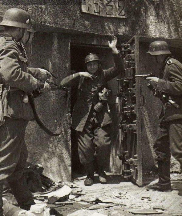 """""""Il est temps de réhabiliter le soldat de 1940"""""""