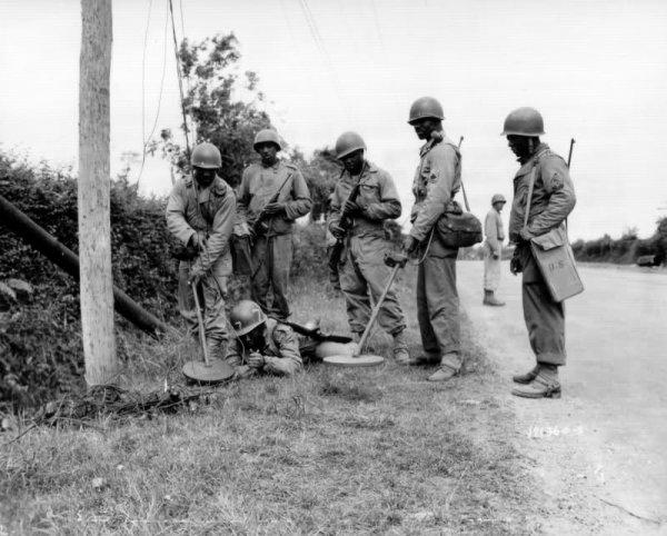 Aspect peu connu du retour à la paix, le déminage de la France après 1945 .
