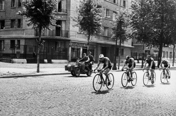 course cycliste sous l'occupation.