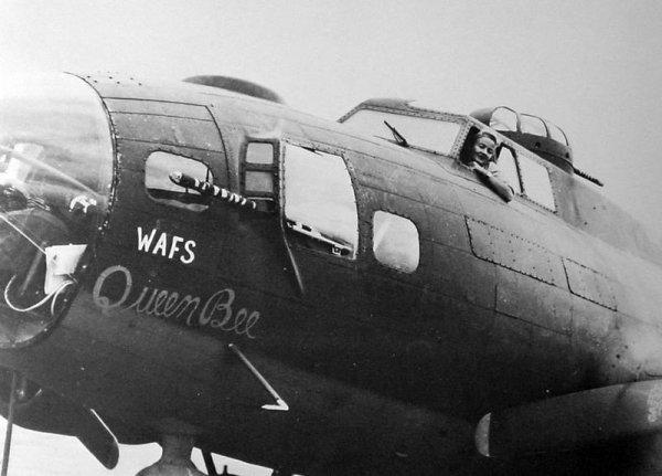 les femmes pilotes dans l' us airforce ww2