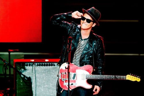 Bruno Mars, an incredible talent.