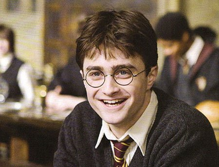 Tu ressembles beaucoup à ton père sauf pour les yeux tu as les yeux de ta mère. - Harry Potter et le prisonnier d'azkaban -