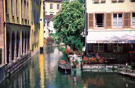 Ballade à ne pas manquer                      La Petite Venise