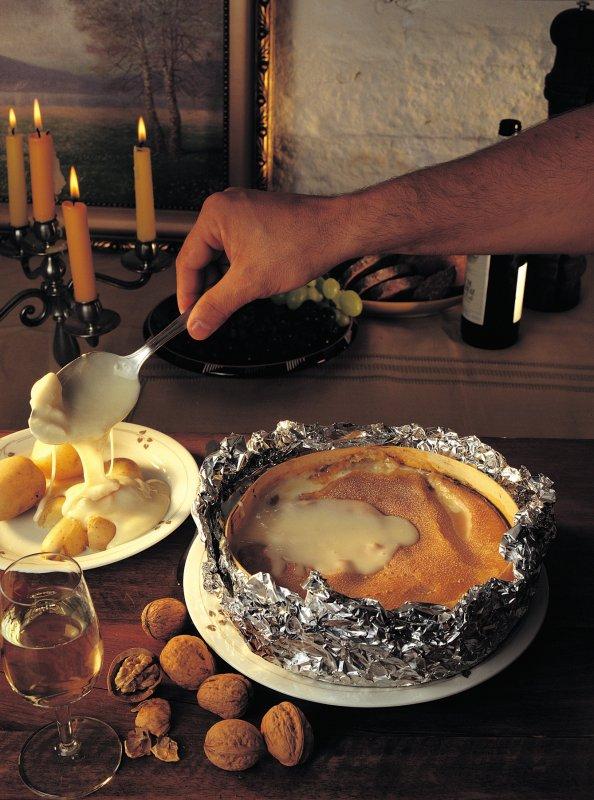 Recettes et spécialités  Franche Comté - Doubs   Gastronomie - Spécialités Vacherin Mont d'Or