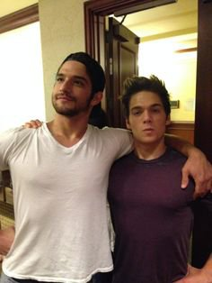 Tyler Posey et Dylan Sprayberry