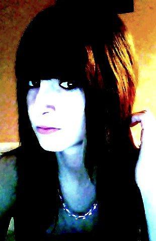 • _ Articl℮ I. ____ BêBienvenue sur x-Al3x--x3 ® ® _______ › (&) Pour moi l'amour est mort x$  (  Alexandra vous souhaite une agréable visite sur son Skyblog ; Pour toutes informations contacter moi..  )