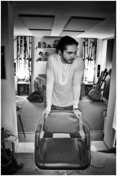 8 284 / Facebook - Tokio Hotel.