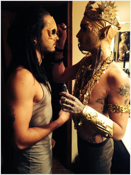 3 882 / Twitter - Tokio Hotel.