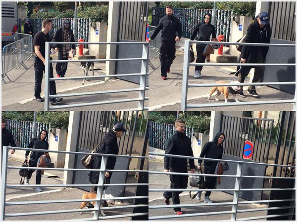 9 038 / 09.03.2015 - TH arrivant à la salle à Marseille.