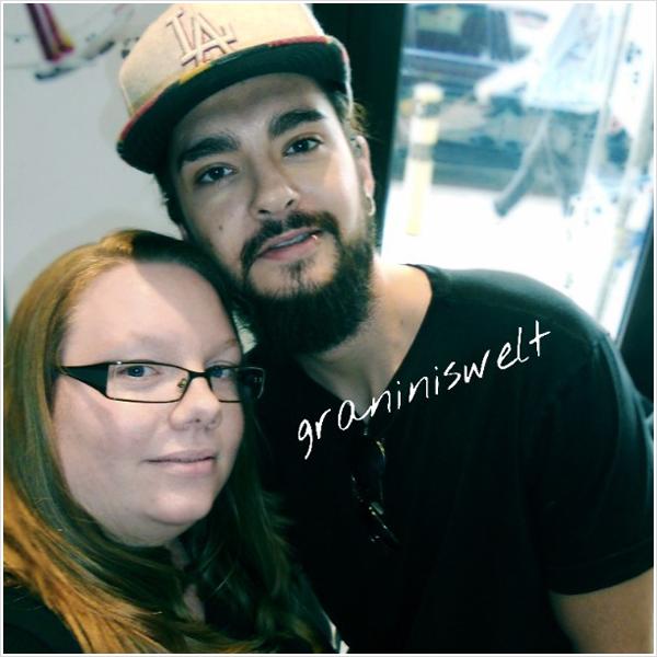 9 278 / 21.07.2015 - Tom avec une fan à Berlin (Allemagne).