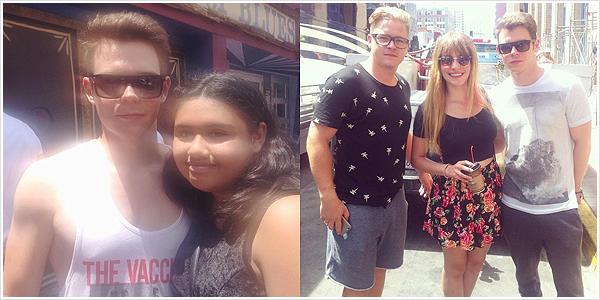 9 319 / 31.07.2015 - Georg & Gustav avec des fans à San Diego.