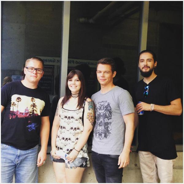 9 398 / 15.08.2015 - Tom & les G's avec une fan, Baltimore.