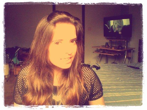 .. Je suis juste heureuse ♥