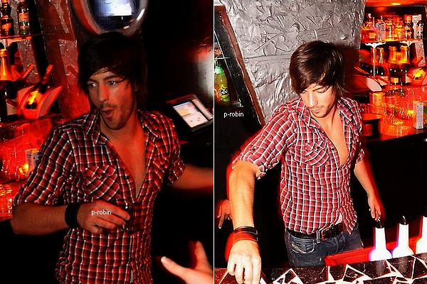 Robin était au Joya Club , le ( 18/09/10 ).