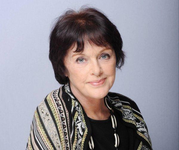 Anny Duperey est une toute nouvelle septuagénaire ! On souhaite à l'éternelle Catherine Beaumont d'Une Famille Formidable un excellent anniversaire 🎉