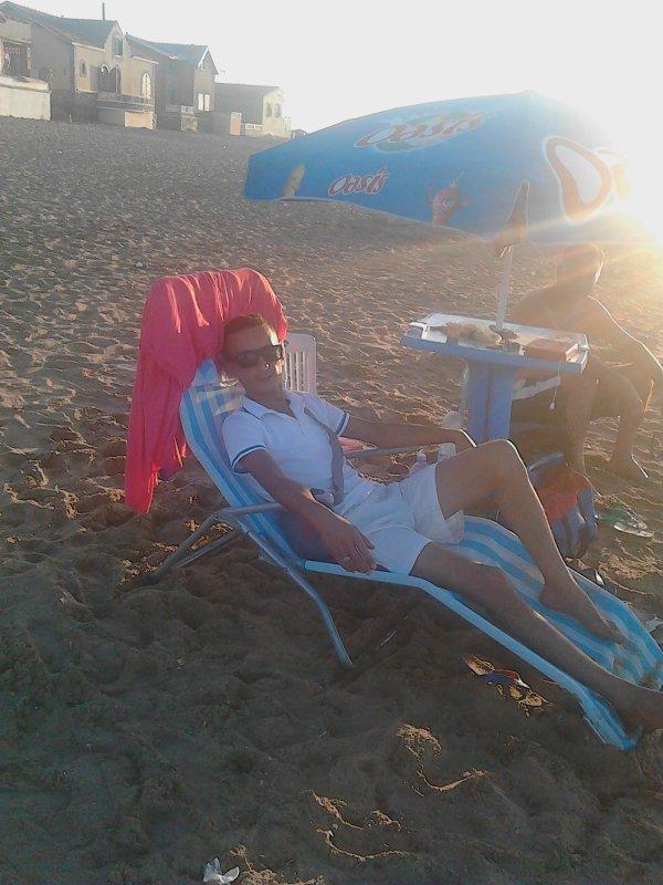 c moi tjr dans la  plage petit port